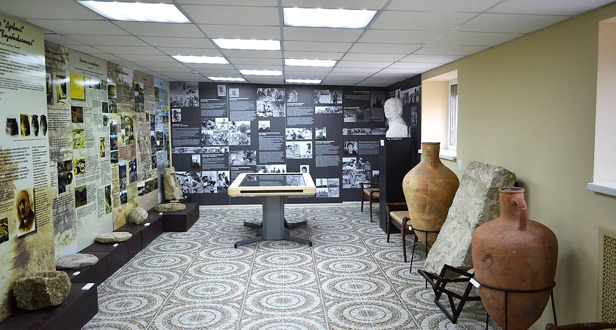 Выставка «Культурное наследие «Заозерной школы»