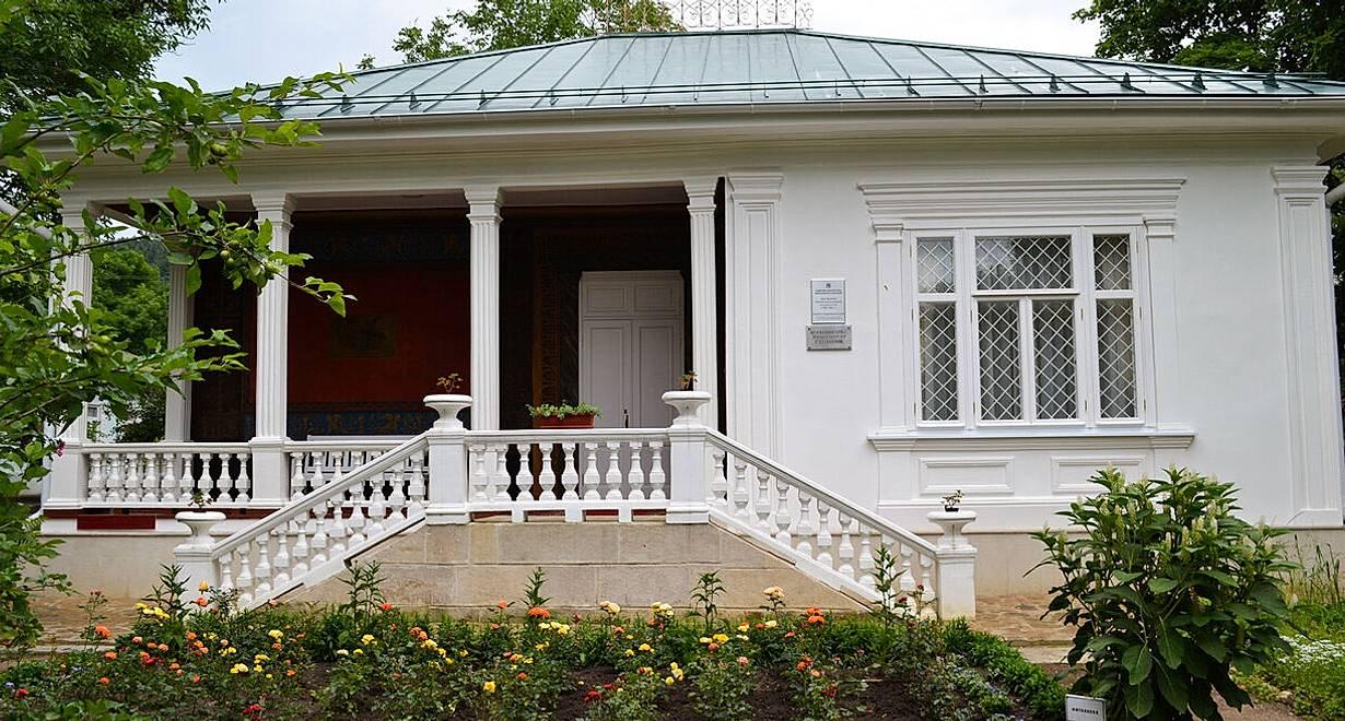 Мемориальный музей-усадьба художника Н.А. Ярошенко